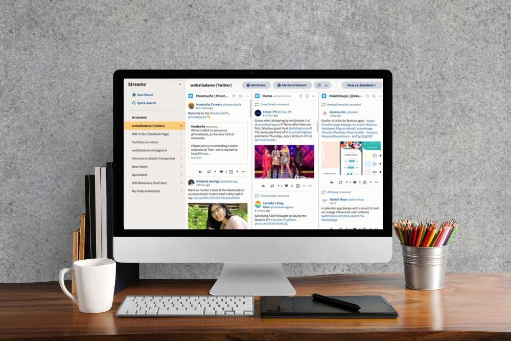 Small business social media tools - HootSuite
